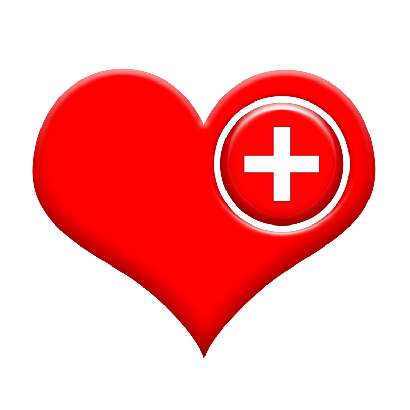 Heart with medical cross small 1